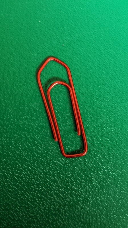 Qoorio's red paper clip of life lessons